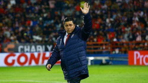 Luis Fernando Tena durante un partido con Chivas