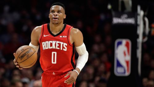 Russell Westbrook durante un juego con los Rockets de Houston