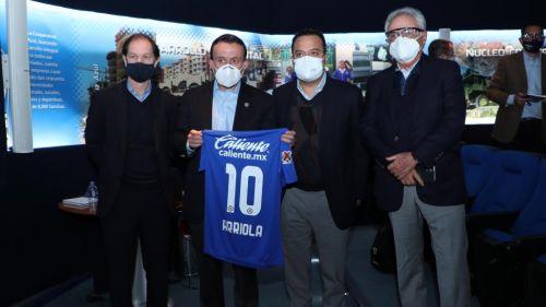 Cruz Azul: Directivo de La Máquina con Covid-19 convivió con autoridades de Liga MX