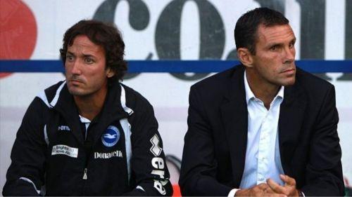 Taricco (izq) no podrá acompañar a Gustavo Poyet