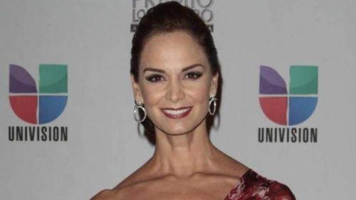 Lupita Jonez en evento