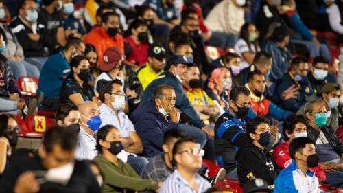Afición de Querétaro en partido