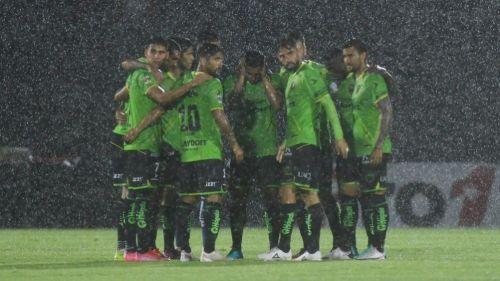 Jugadores de Juárez previo al partido