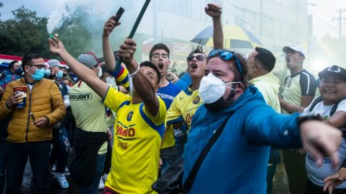 Video: Aficionados de América protagonizaron pelea tras el Clásico Nacional
