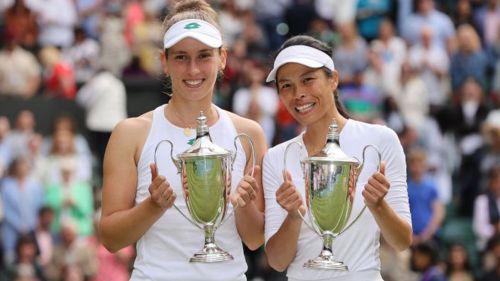 Mertens y Hsieh tras ganar Wimbledon