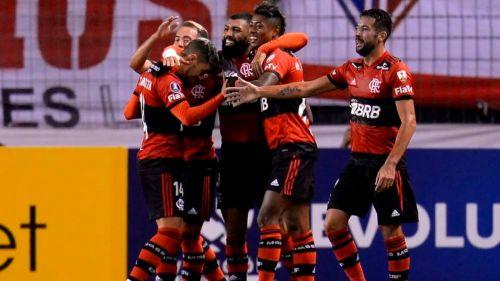 Los jugadores de Flamengo festejando un gol