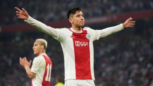Edson Álvarez en festejo con Ajax