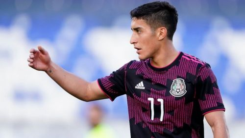 Alejandro Zendejas en festejo con México Sub 23