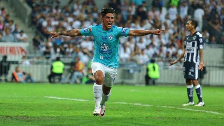 Guzmán celebra el gol del título frente a Rayados