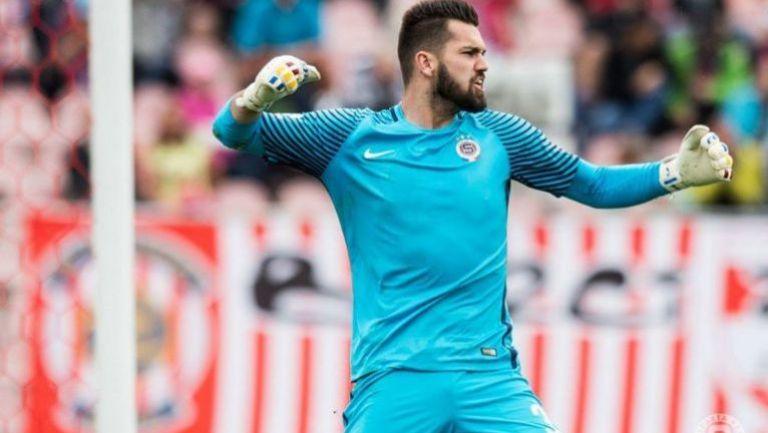 Thomas Koubek durante el juego contra  Zbrojovka Brno