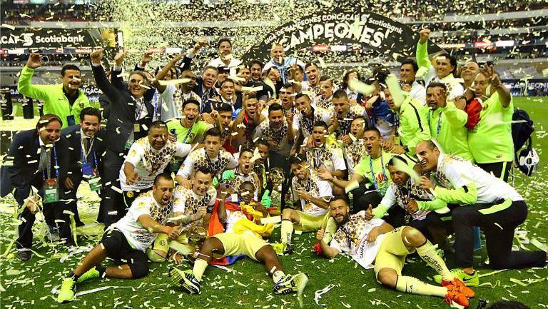 América festeja su campeonato de la Concacaf 2015-2016