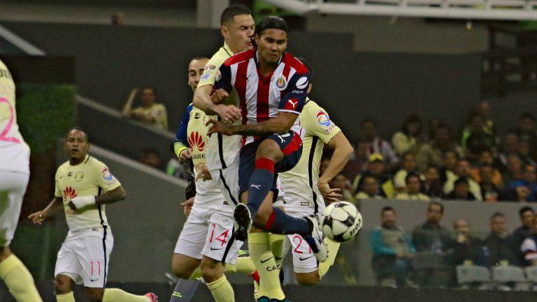 Carlos Peña, en Clásico Nacional