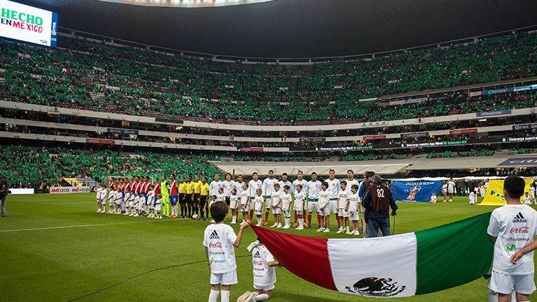Afición de México se da cita en el Azteca para el juego México-Costa Rica