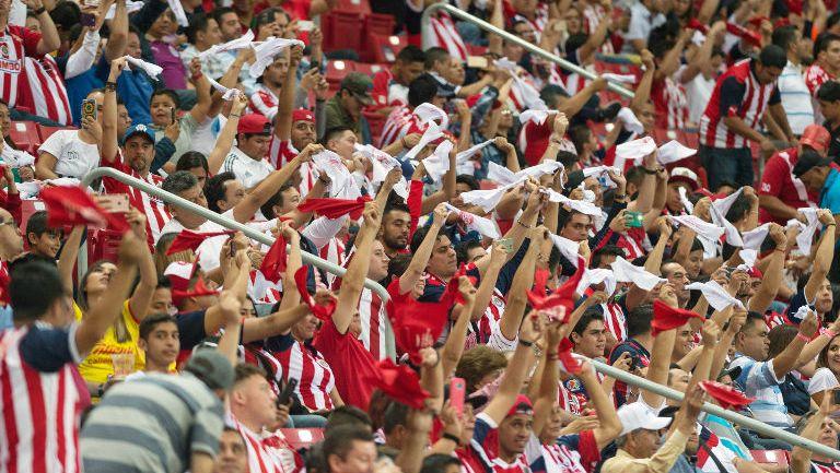 Aficionados de Chivas durante la Final