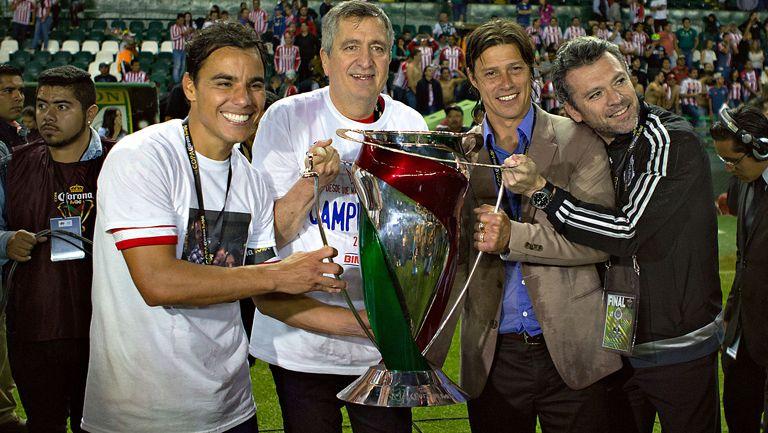 Bravo, Vergara, Almeyda e Higuera, con el título de Copa MX