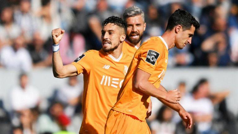 Ivan Marcano festeja su gol contra el Vitória de Guimarães