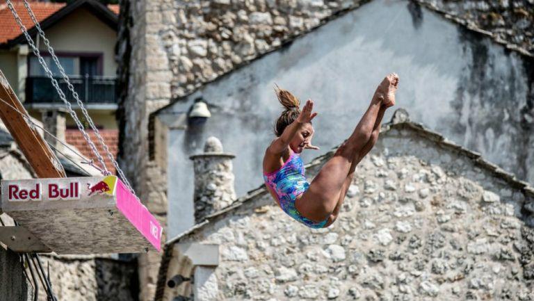 Adriana Jiménez lidera la Serie Mundial de Clavados de