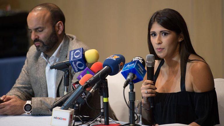 Paola Pliego durante una conferencia de prensa