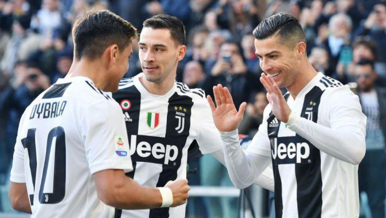 CR7 festeja con Dybala su primer gol contra el Sampdoria