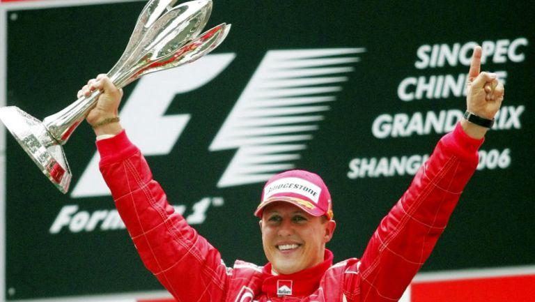 Schumacher celebra victoria con Ferrari en la F1