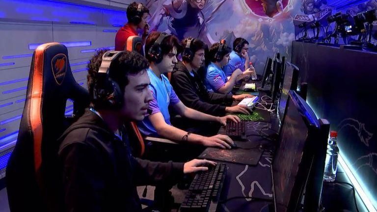 Rainbow7, en la etapa de selección y bloqueo de campeones previo a enfrentar a All Knights