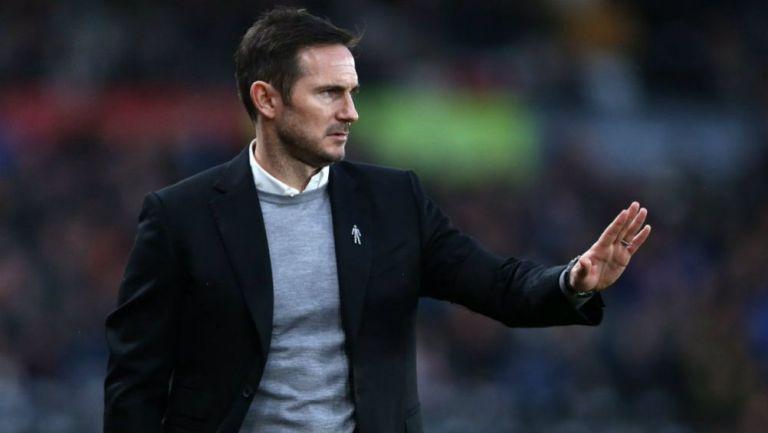 Frank Lampard en el banquillo del Derby County