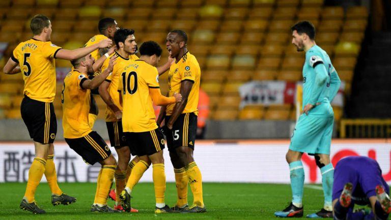Wolverhampton, celebra una anotación frente al Newcastle