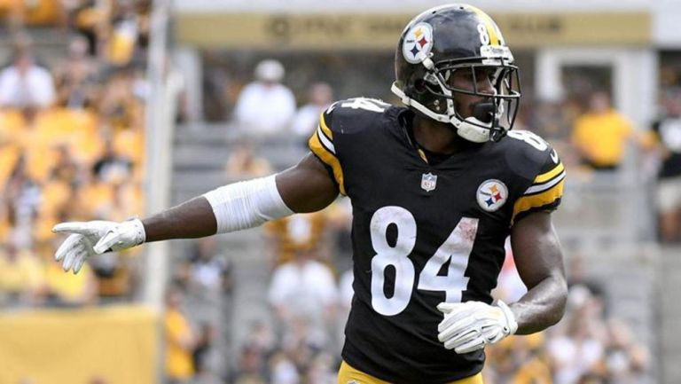 Antonio Brown en un partido de los Steelers