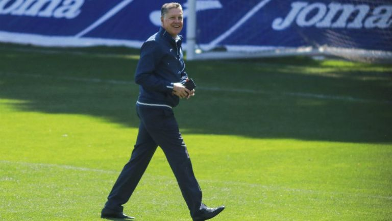 Ricardo Pelaez, durante el entrenamiento de Cruz azul