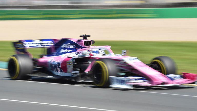 Checo Pérez durante las prácticas del GP de Australia
