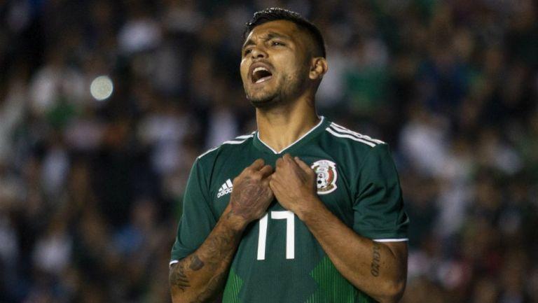 Tecatito Corona durante un juego con la Selección Mexicana