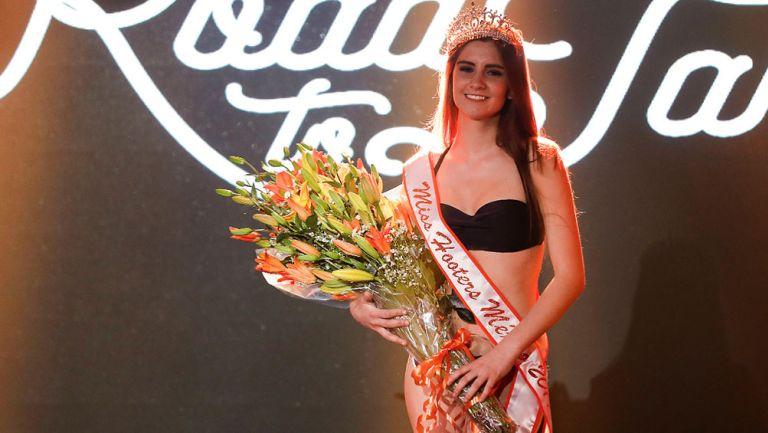 Diana Mato es coronada como Miss Hooters