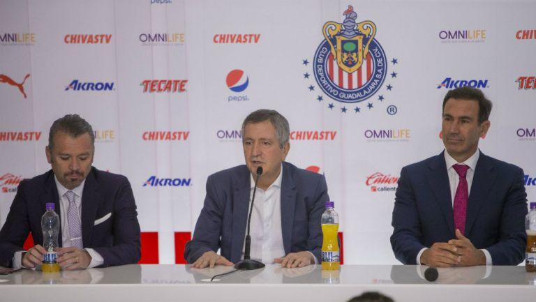 Higuera, Jorge Vergara y Francisco Gabriel de Anda ante los medios