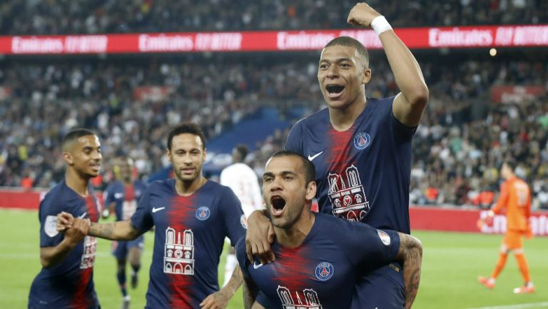 Jugadores del PSG celebran el triunfo ante el Mónaco