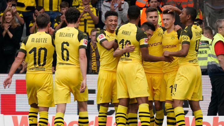Borussia Dortmund festeja triunfo ante el Friburgo