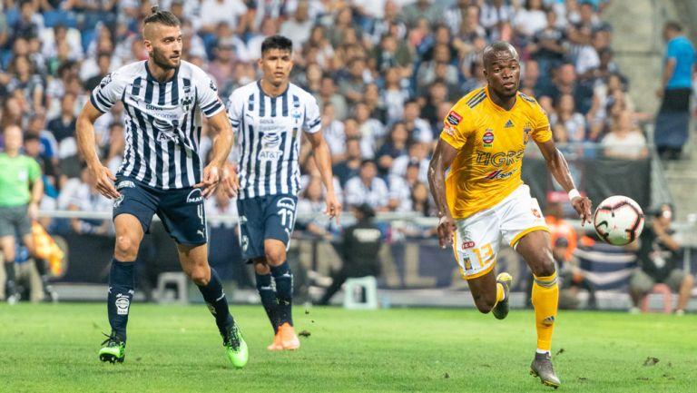 Valencia, Sánchez y Gallardo, durante la Final de Concacaf