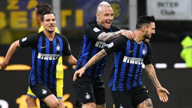 Matteo Politano celebra un gol ante el Chievo