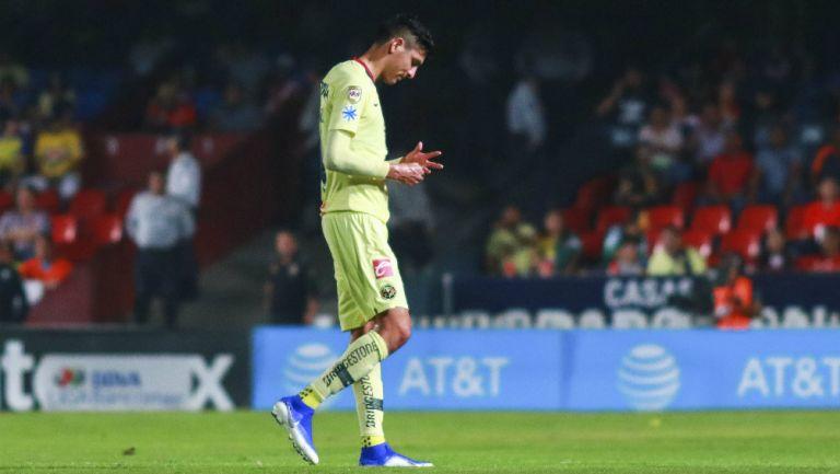 Edson Álvarez durante partido contra el Veracruz