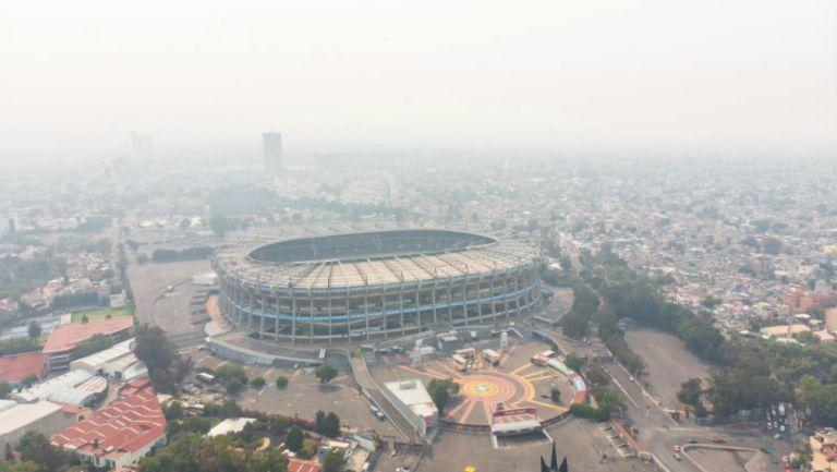 Estadio Azteca desde las alturas en plena contingencia