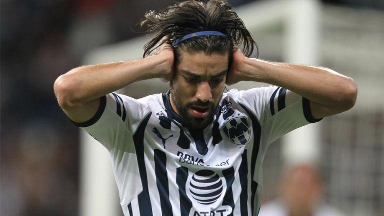 Rodolfo Pizarro lamenta error en duelo con Rayados