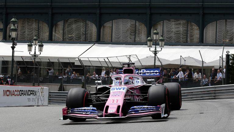 Checo Pérez en el circuito de Mónaco