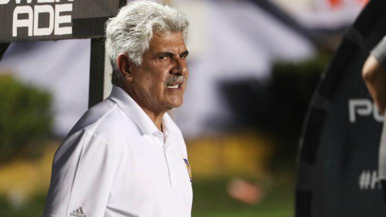 Ferretti durante un partido de Tigres