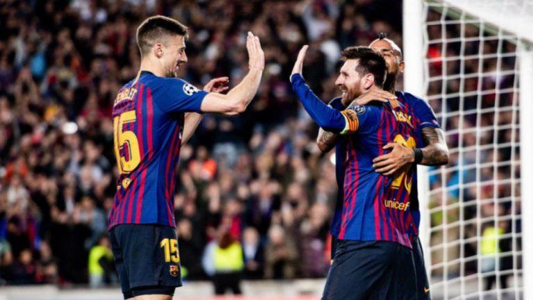 Lenglet, Messi y Vidal festejan un gol
