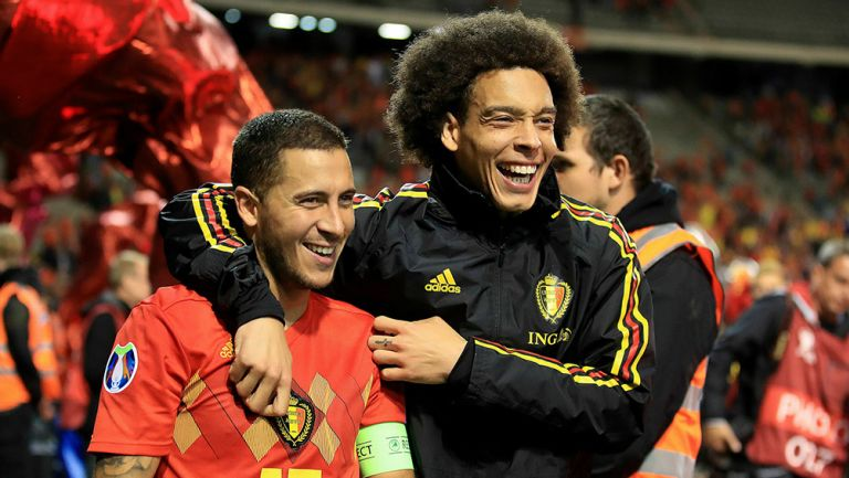 Hazard celebra victoria de Bélgica contra Escocia