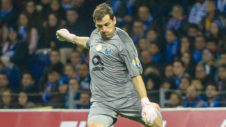 Iker Casillas, durante un compromiso con el Porto