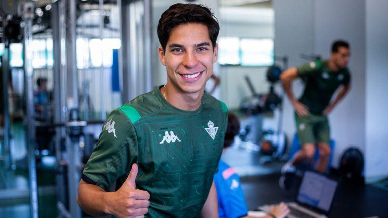 Diego Lainez en la pretemporada del Betis