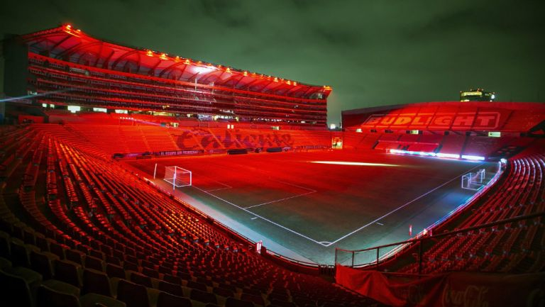 El Estadio Caliente con su nuevo sistema de iluminación