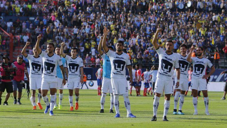 Jugadores de Pumas festejan triunfo sobre Atlético San Luis