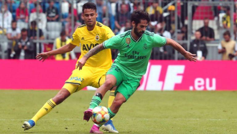 Diego Reyes en acción durante un encuentro ante el Real Madrid