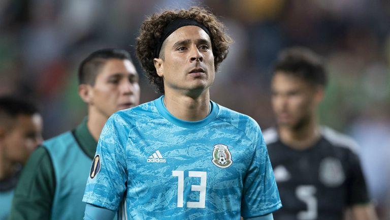 Guillermo Ochoa tras un partido de la Copa Oro